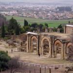 Medina Azahara: Ciudad fortificada y palacio medieval (Córdoba)