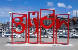 monumento-letronas-gijon-puerto-deportivo
