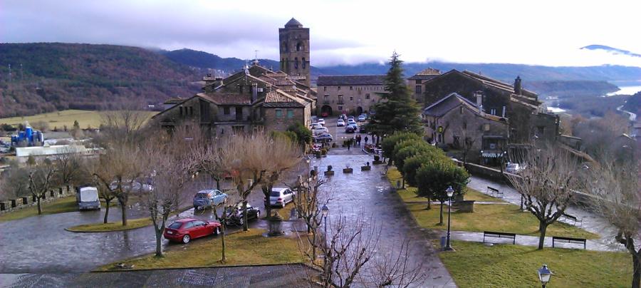 Au00ednsa: Un pueblo milenario en el centro de Los Pirineos ...