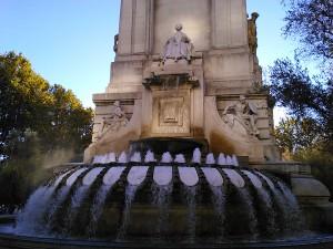 fuente plaza-españa-madrid