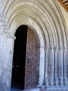 portal romanico roda