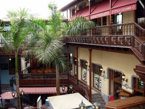 puerto cruz centro comercial
