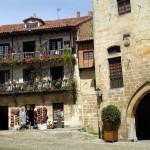 Santillana del Mar: Un bonito pueblo cerca de la playa y de la Cueva de Altamira (Cantabria)